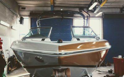 Przyciemnienie szyb i oklejanie łodzi Regal 2100