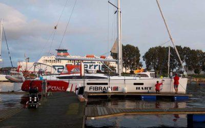 Oklejenie Jachtu Jeanneau 53 na wodzie